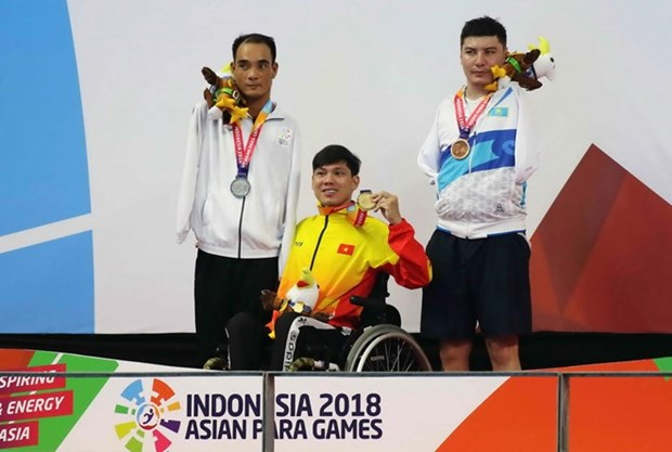 Vietnamese swimmer wins another gold medal at 3rd Asian Para Games hinh anh 1