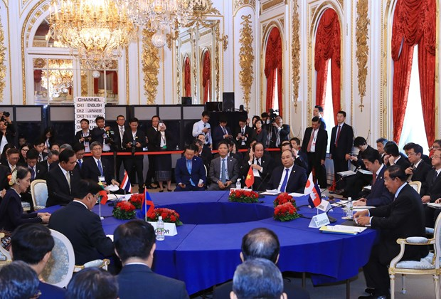 Mekong-Japan cooperation lifted to strategic partnership hinh anh 1