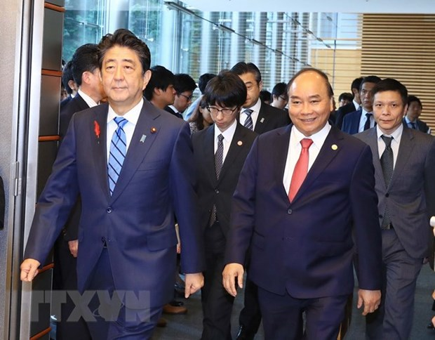 Japanese media covers talks between Vietnamese, Japanese PMs hinh anh 1