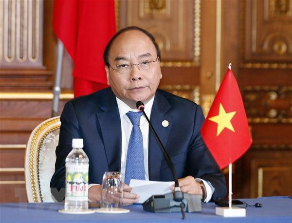 PM attends joint press conference on Mekong-Japan Summit outcomes hinh anh 1
