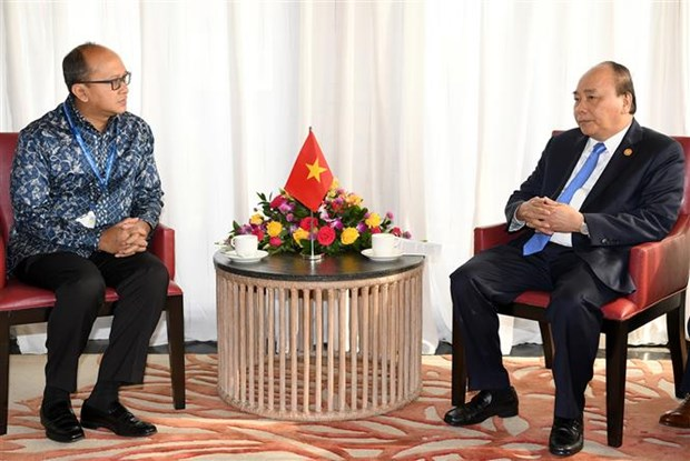 PM discusses trade facilitation with Indonesia's business leader hinh anh 1