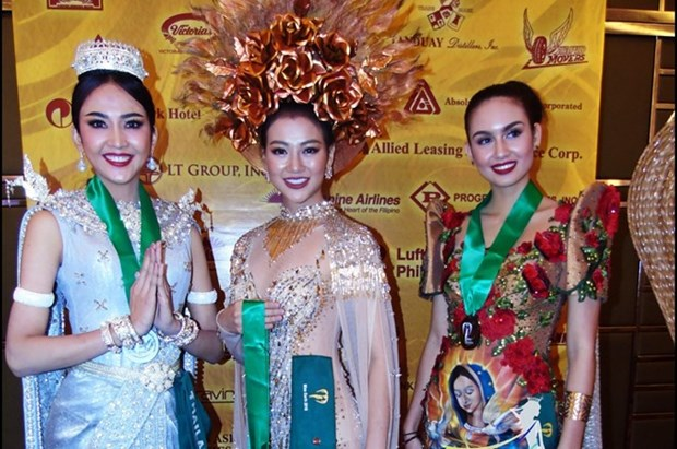 Vietnamese contestant wins Miss Earth costume round hinh anh 1
