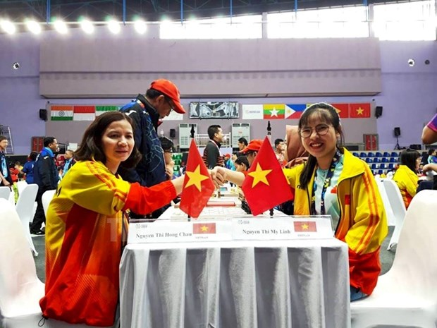 Chess team earns Vietnam two more golds at Asian Para Games hinh anh 1
