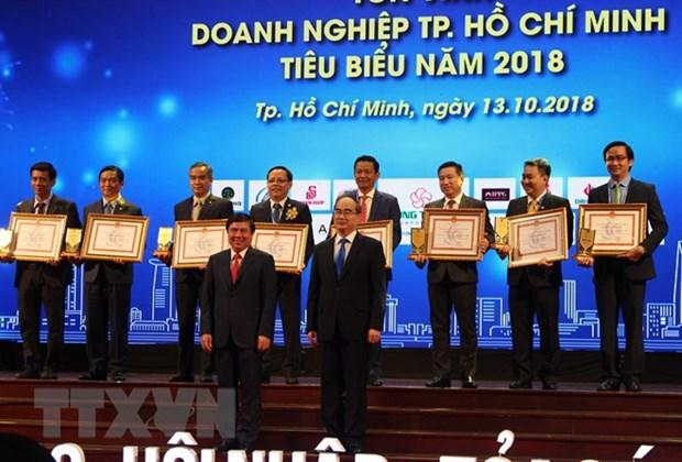HCM City honours outstanding enterprises, businessmen hinh anh 1