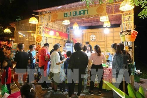 Nearly 70,000 visits first Hanoi Food Culture Festival hinh anh 1