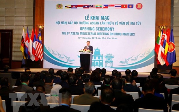 Vietnam urges ASEAN to reiterate political commitment to anti-drug efforts hinh anh 1