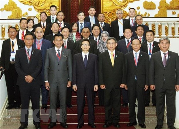 Deputy PM hosts leaders of AMMD-6 delegations hinh anh 1
