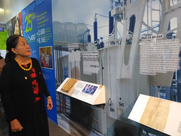 Exhibition honours female Vietnamese scientists hinh anh 1