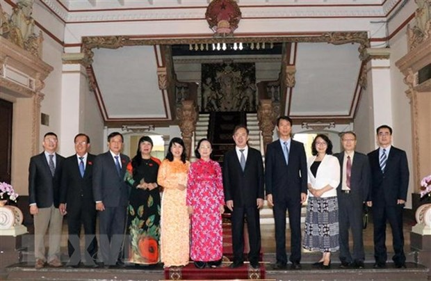 HCM City hopes for stronger ties with Shanghai People's Congress hinh anh 1