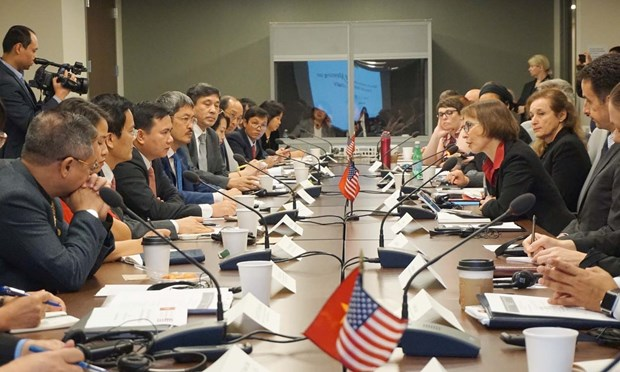Vietnam bolsters sci-tech ties in health care with foreign partners hinh anh 1