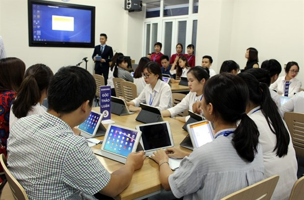 Experts suggest reform of university financing hinh anh 1