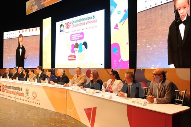 VN participates in 18th int'l preschool education confab in Mexico hinh anh 1