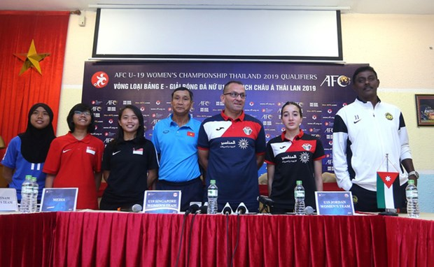 Football: women's team determined to pass AFC U19 qualifier hinh anh 1