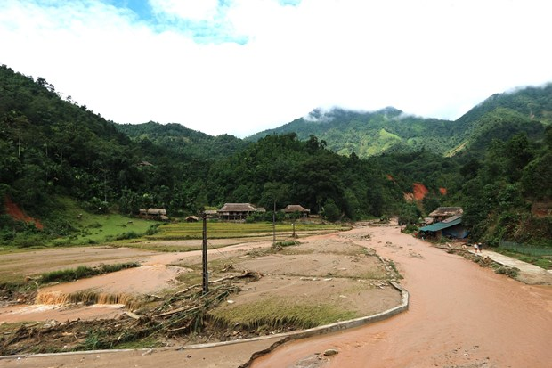 Mountainous Ha Giang moves to address flash flood consequences hinh anh 1
