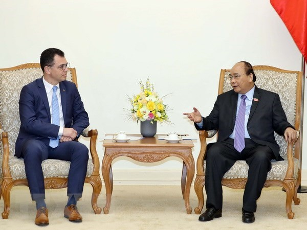 PM sets Vietnam-Romania trade target at over 500 mln USD hinh anh 1
