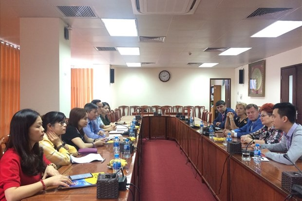 Vietnam, Belarus step up trade union cooperation hinh anh 1