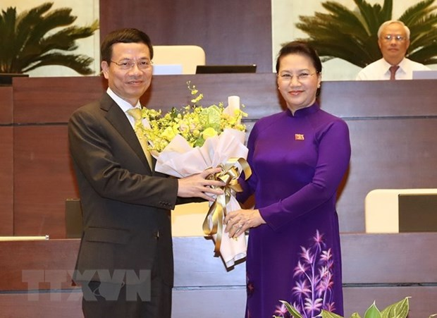 Nguyen Manh Hung appointed as Minister of Information and Communications hinh anh 1