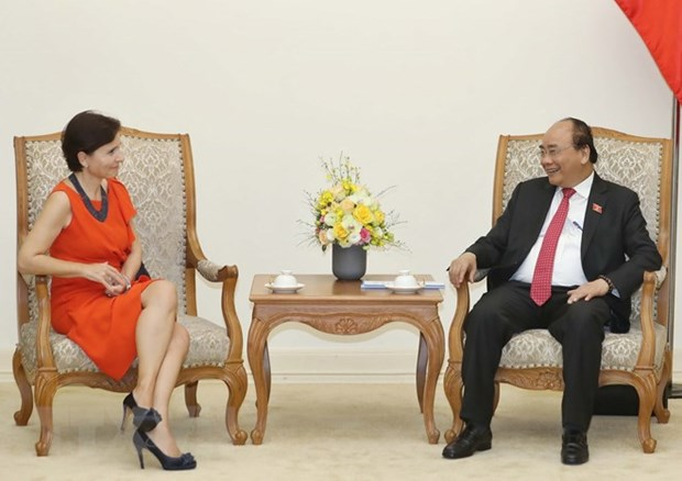 PM Nguyen Xuan Phuc receives outgoing Italian Ambassador hinh anh 1