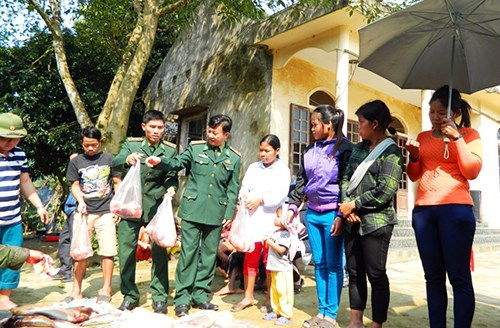 Ha Tinh works to support Chut ethnic minority community hinh anh 1