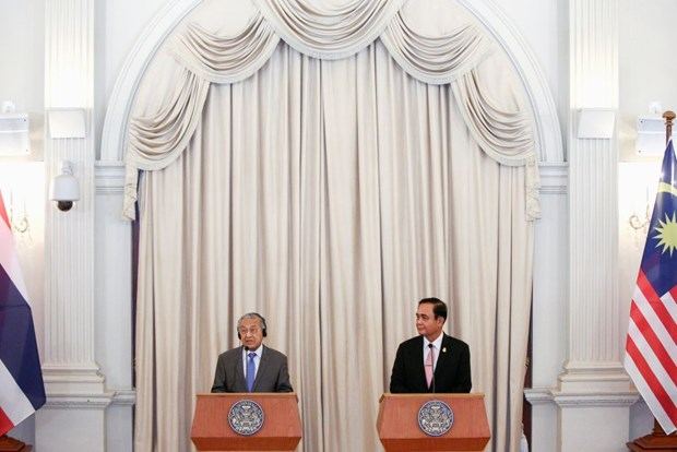Thai, Malaysian leaders discuss security cooperation hinh anh 1