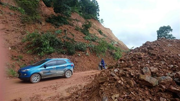 Roads in Cao Bang damaged by heavy rains, floods hinh anh 1