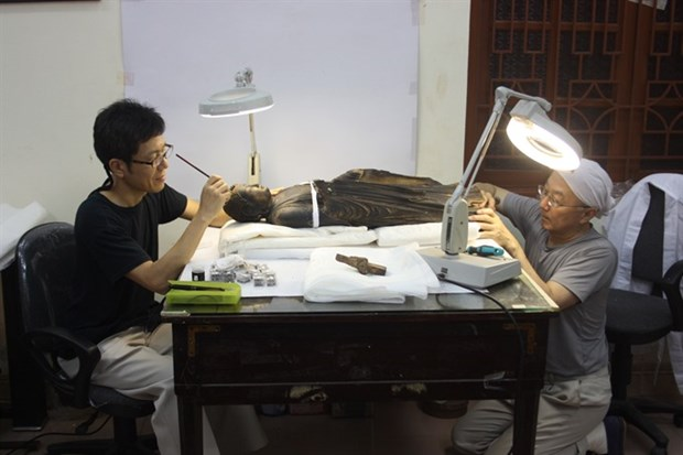 Japanese experts help preserve Vietnamese antiquities hinh anh 1