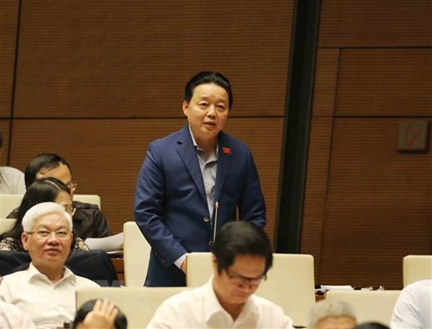 National Assembly grill environment minister on pollution hinh anh 1
