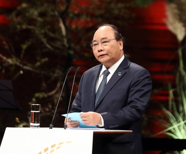 PM Nguyen Xuan Phuc to attend China's international import expo hinh anh 1