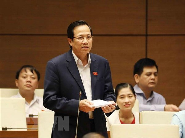 Cabinet members further asked about issues of public concern hinh anh 1