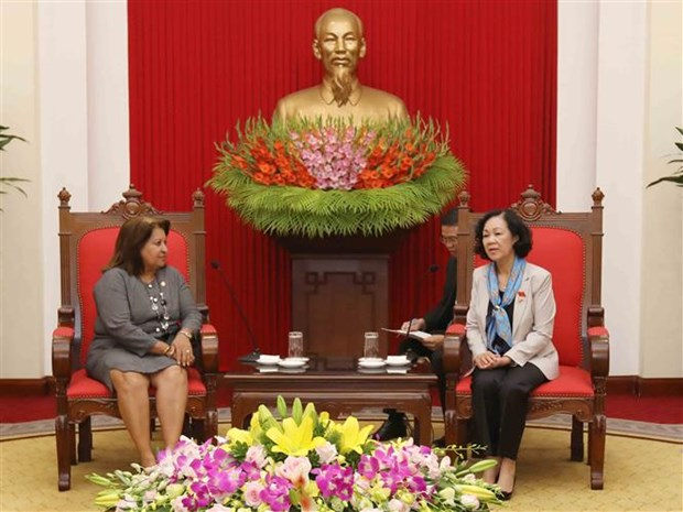 CPV official greets Cuban guests hinh anh 1