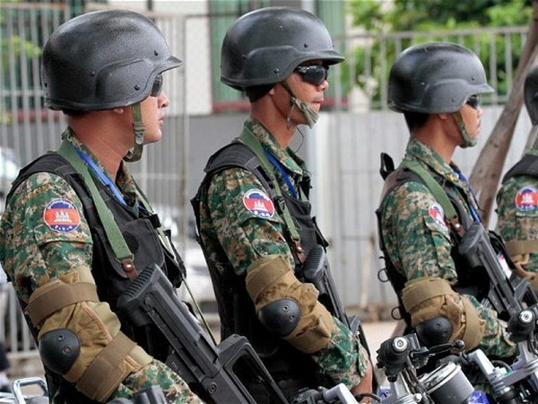ASEAN adopts action plan on fighting terrorism hinh anh 1