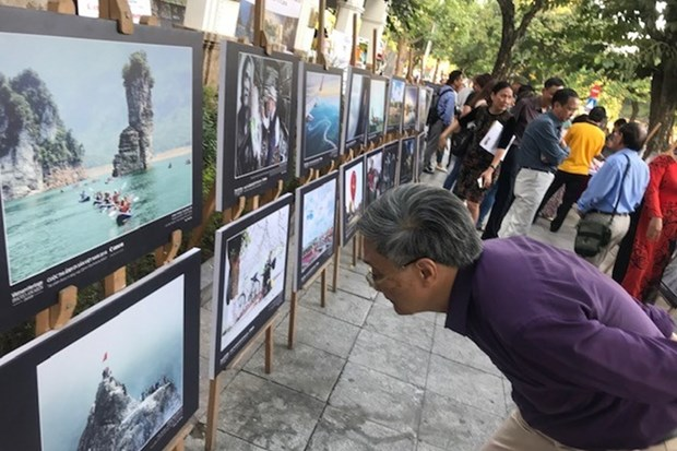 Over 100 best heritage photos on display in Hanoi hinh anh 1