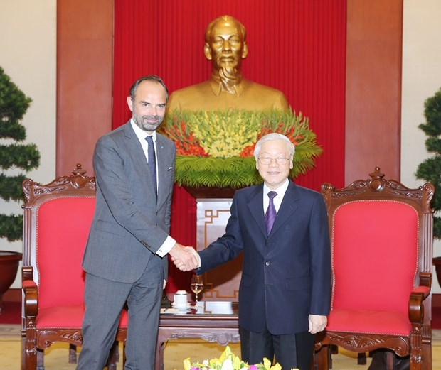 Party and State leader receives French Prime Minister hinh anh 1
