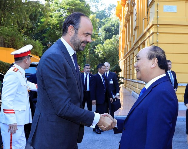 French Prime Minister concludes Vietnam visit hinh anh 1