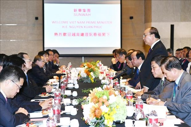 PM talks with leading Chinese groups hinh anh 1