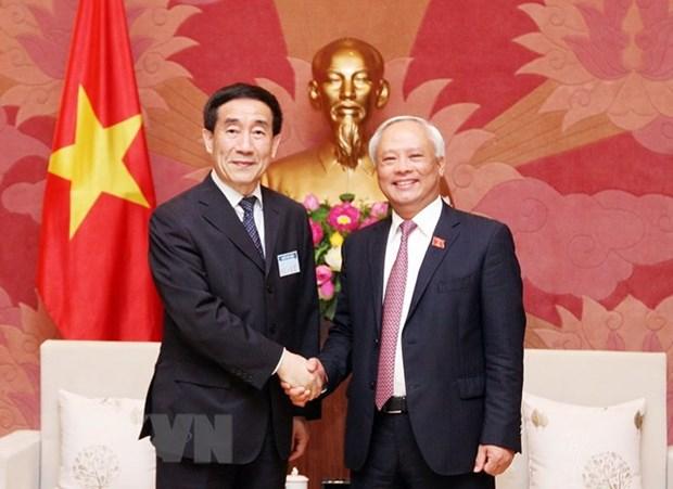 Vietnam, China to increase sharing legislative experience hinh anh 1