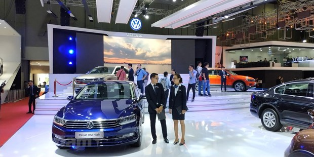 Vietnam's auto imports up in October hinh anh 1