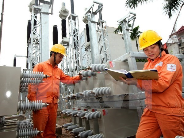 Electricity output surges 11 percent year-on-year hinh anh 1