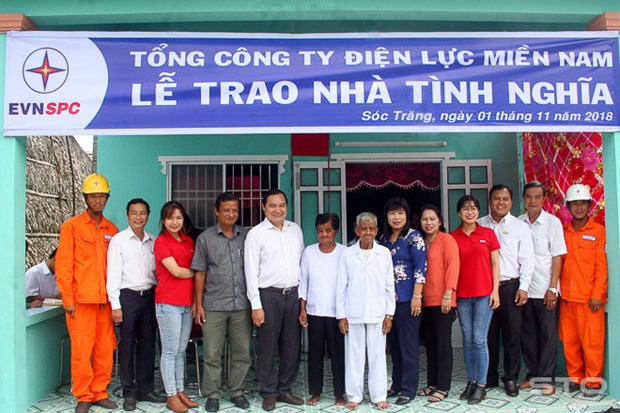 Soc Trang cares for needy Khmer people hinh anh 1