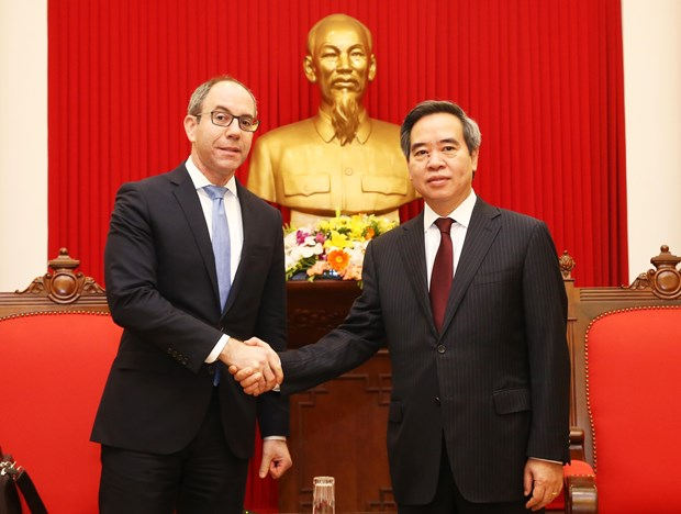 Party official welcomes Assistant US Trade Representative hinh anh 1