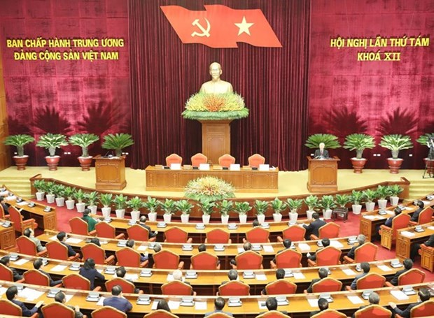 Officials, Party members make political commitments to people hinh anh 1
