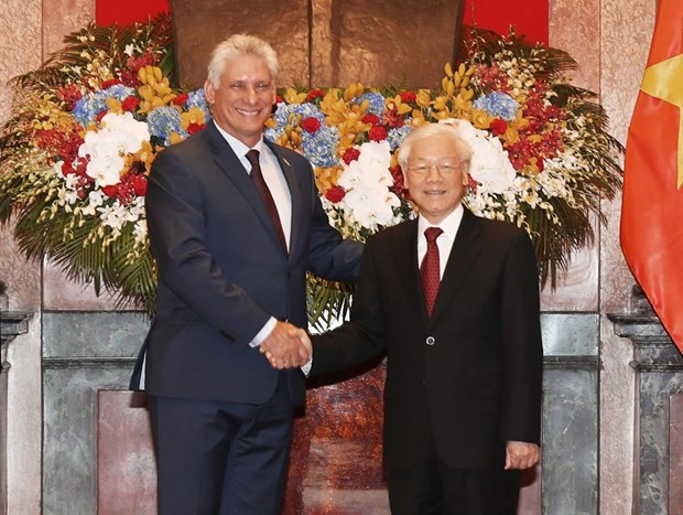 Leaders agree to raise Vietnam-Cuba trade to 500 million USD by 2022 hinh anh 1