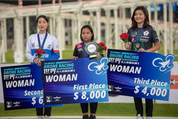 Thai girl named world's drone racing champ hinh anh 1