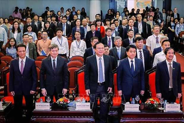 Hanoi Forum puts forth valuable lessons for Vietnam hinh anh 1