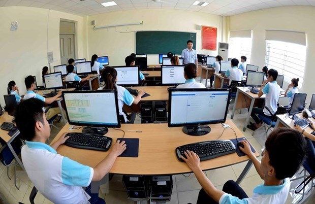 Autonomous management gives boost to local universities hinh anh 1
