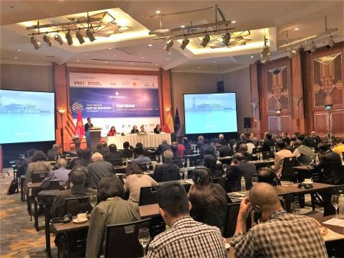 Conference seeks ways to boost Vietnam - Barcelona business connection hinh anh 1