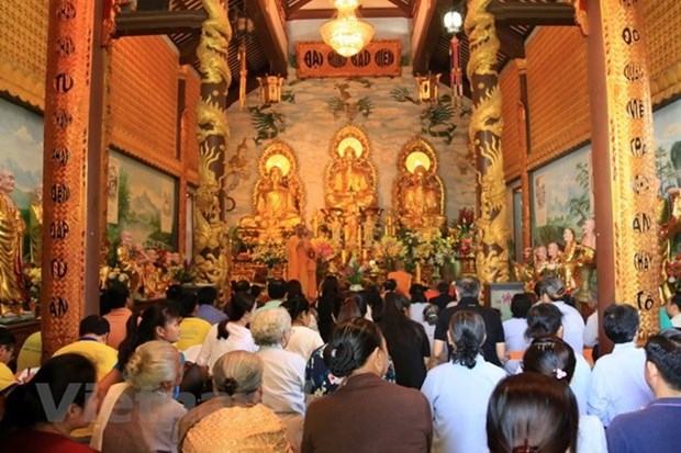 Coordinating board of Vietnam Buddhist Sangha in Laos debuts hinh anh 1