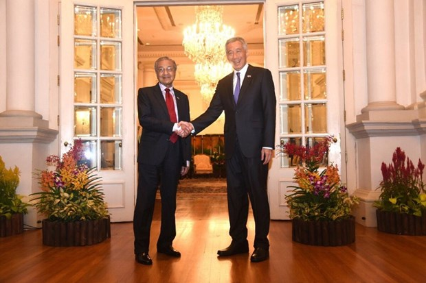Malaysia looks to build competitive partnership with Singapore hinh anh 1
