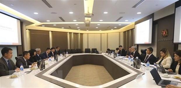 Vietnam, Singapore step up defence ties hinh anh 1
