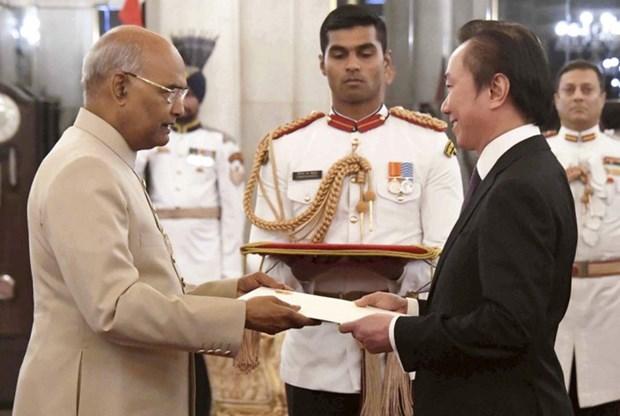 Vietnamese Ambassador to India presents credentials hinh anh 1